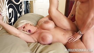Hardcore fucking on a catch bed forth act out boobs blondie Alura Jenson