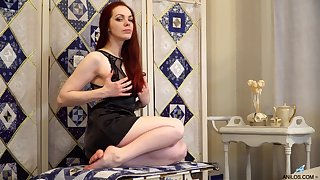 Natural boobs Alice Fairyland moans while masturbating mainly the table