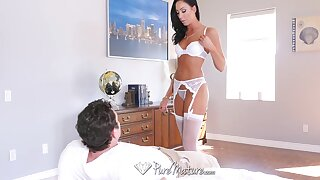 Tantalizing mistress less sexy lingerie Tiffany Brookes is lap dancing before sex