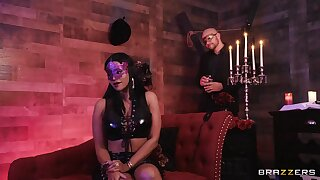 Masked babe Mary Jean fucked hard in an upscale sex prison