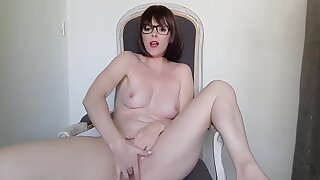 French Pet Strip Tease And Imprecation