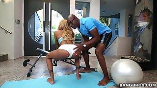 Black dude fucks petite ebony during workout