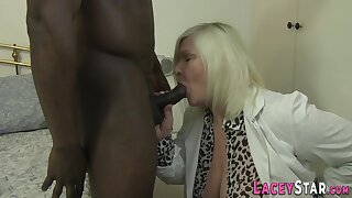 Granny gets ass fingered and fucked