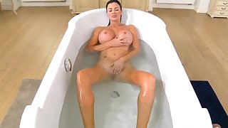 Mom enjoys the step son to fuck her in the bathroom