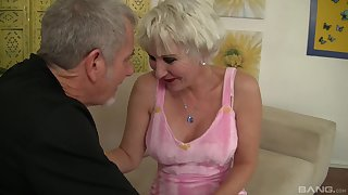 horny toff shot at a weaknees increased by desire for blonde milf Dalny Marga