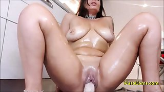 OH MADE MY STEP MOM RIDE DILDO IN KITCHEN on CAM