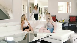 Lesbian threesome in the afternoon with attractive Cool off Siren