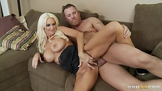 Seductive wife Rhyse Richards gives a blowjob in POV glaze