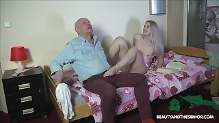 Nasty stepdaughter makes an ancient man ambiance inelegant before fucking him