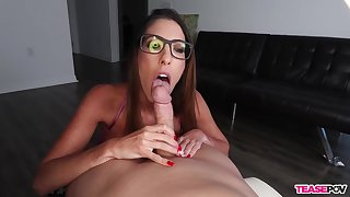 Aroused babe sucks dig up and waits be required of cum on her glasses