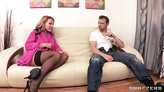 Tow-haired wife Nikki Sexx in stockings rides her lover's manhood
