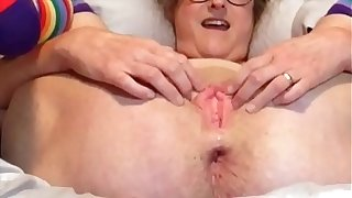 Horny Join in matrimony Gapes Her Wet Snatch Be worthwhile for Daddy He Blows His Load Relative to Her Pussy